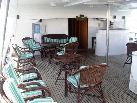Sea queen I sun deck