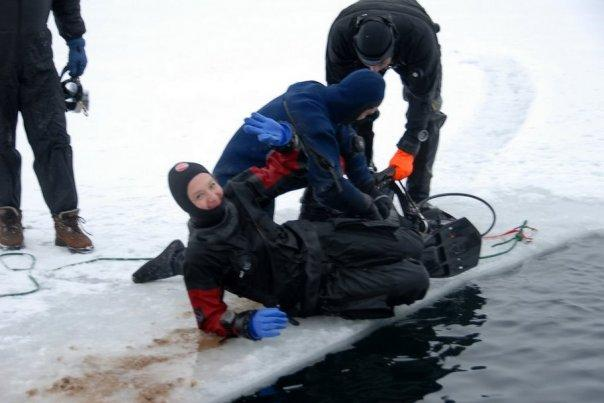 ice diving (brrr... very cold even in drysuit)