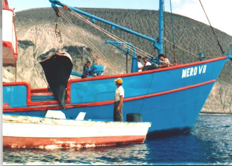 Painful footage, The 1994 Manta masacre at San Benedicto Island 1994