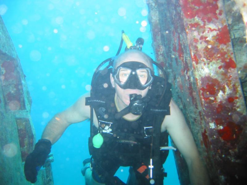 Plane Wreck; Aruba; Dec '10