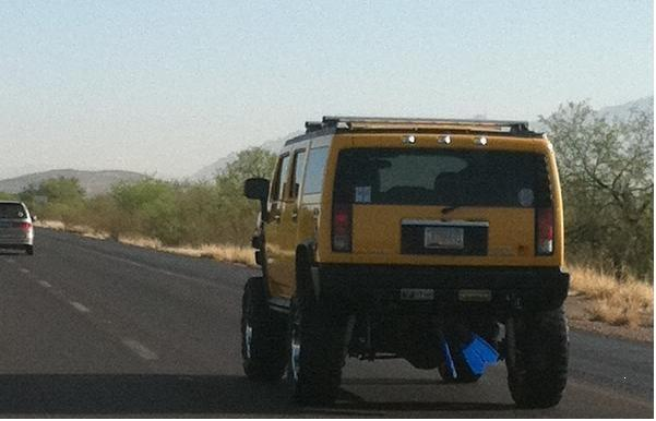 Hummer with fins