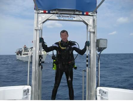 Coming up on the Dive Lift of Capt. JT, Hatteras, N.C. August 13, 2011 from Dixie Arrow