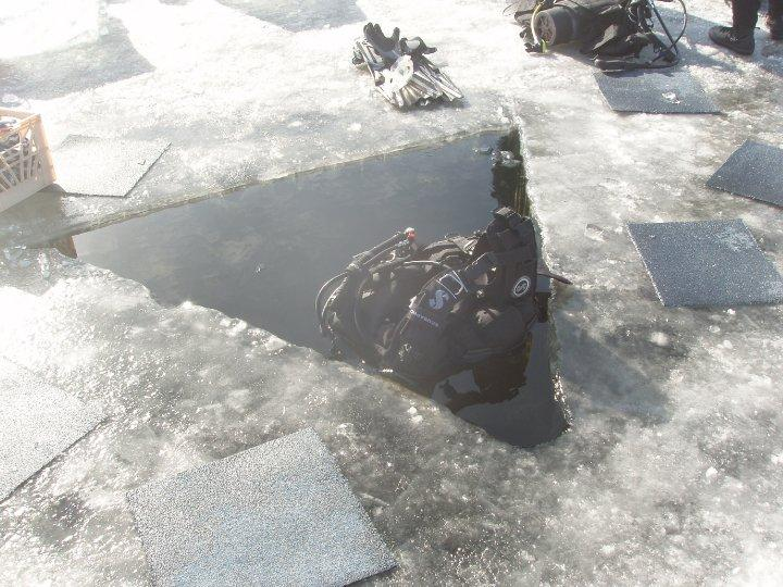 ice diveing for ice road truckers, 4' of ice in Alaska
