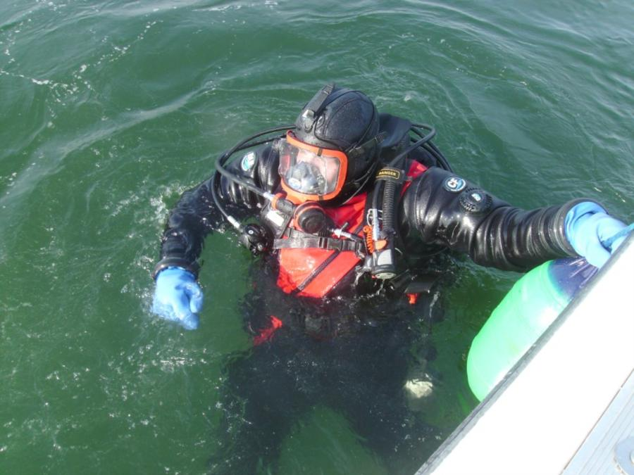 Diving dry and cold water