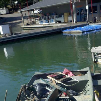 clean up at sulfur crk marina dale hollow lake