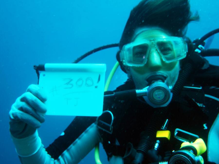 DivingTemptress's Profile Photo