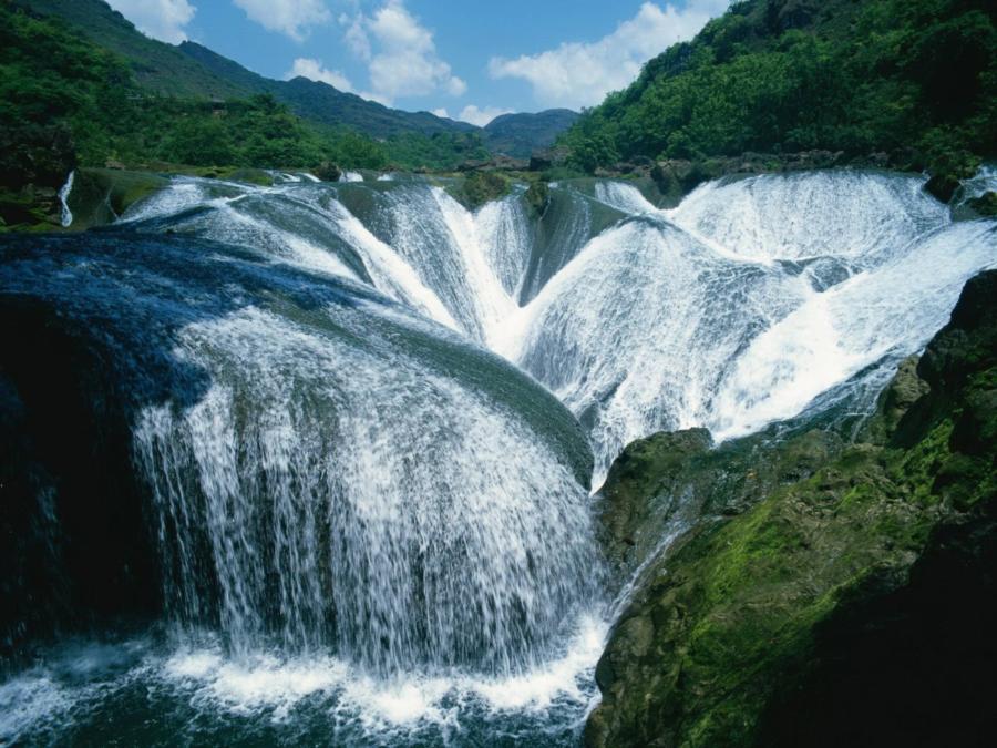 The Pearl Shoal Waterfall, Jiuzhaigou Valley, China