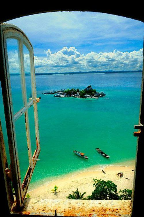 Lengkuas Island Indonesia - What a view!