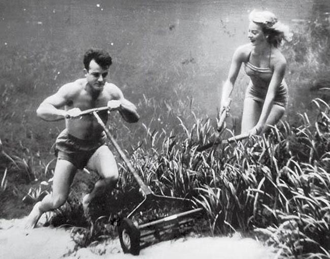 Mowing the Lawn Underwater