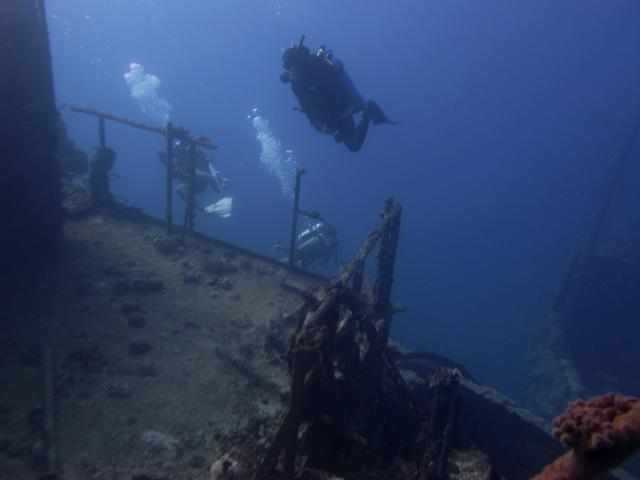 wreck diving in jeddah saudi arabia