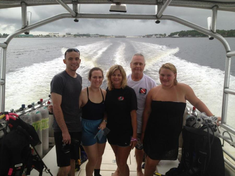 Diving with Divers Den
