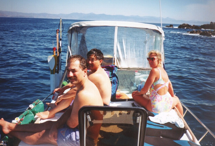 Diving at an Island off Baja Mexico, 1 time the water turn SILVER all around, so many fish
