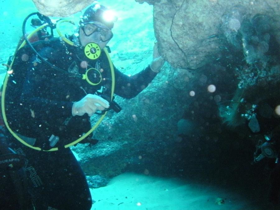 Morrison's Cavern Dive