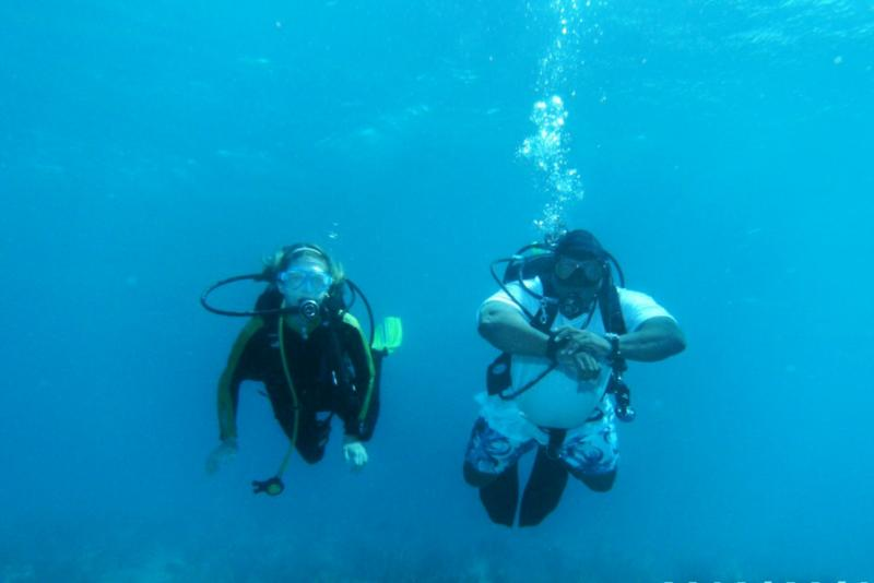 DiveBuddy TCDamsel & Nesher - LCBR - Sep 2010