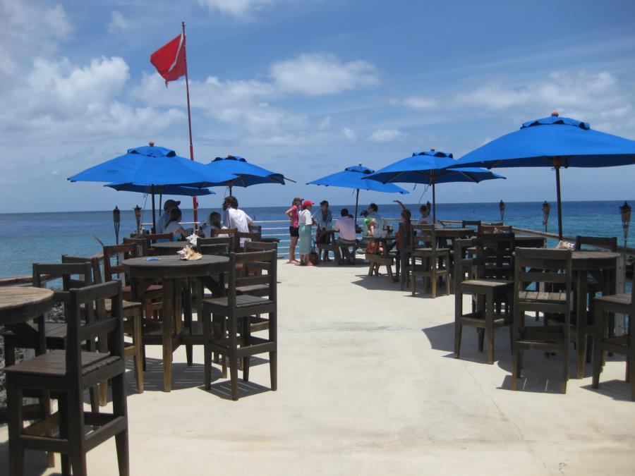 Grand Cayman - Makabuka - Shore Diving - May 2013 Grand Cayman