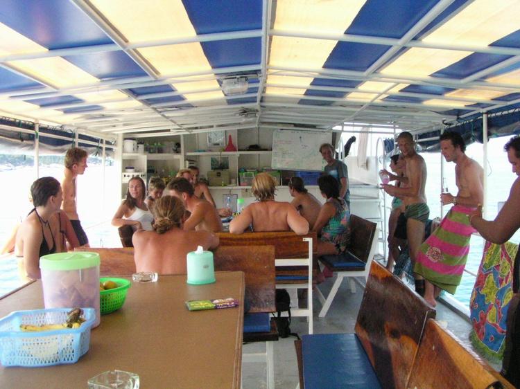 2003 - Sea Dragon MV Andaman - Dive Briefing