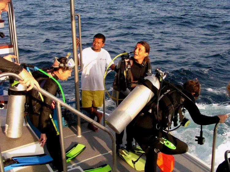 2003 - Sea Dragon MV Andaman - Next group!