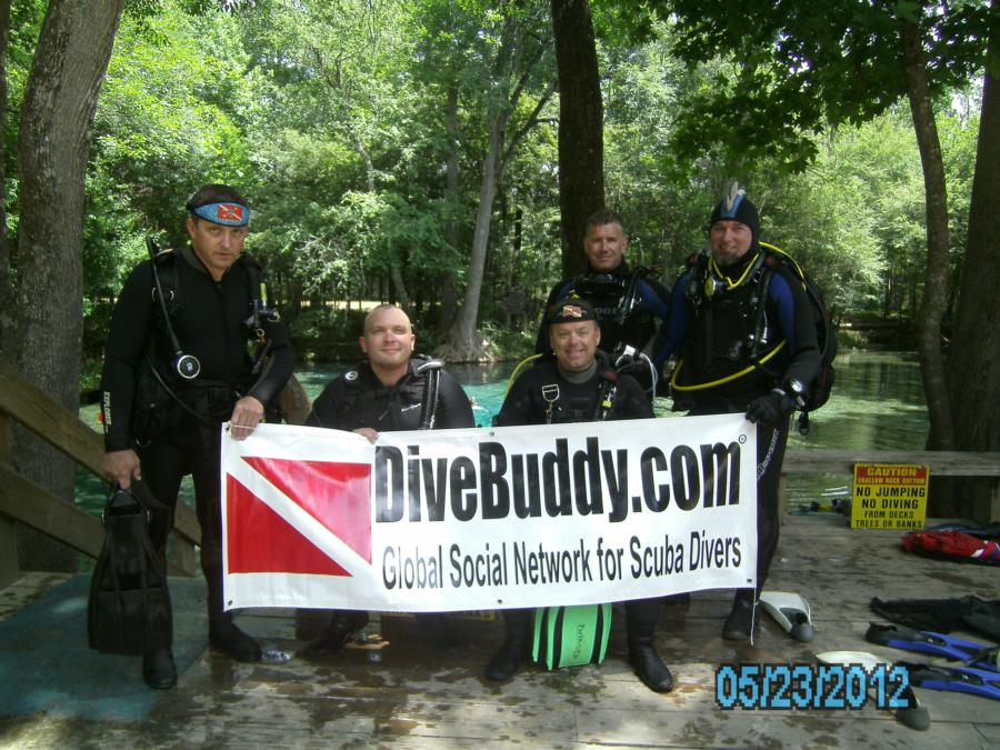Flying the D/B colors at Ginnie Springs. 23 May 2012