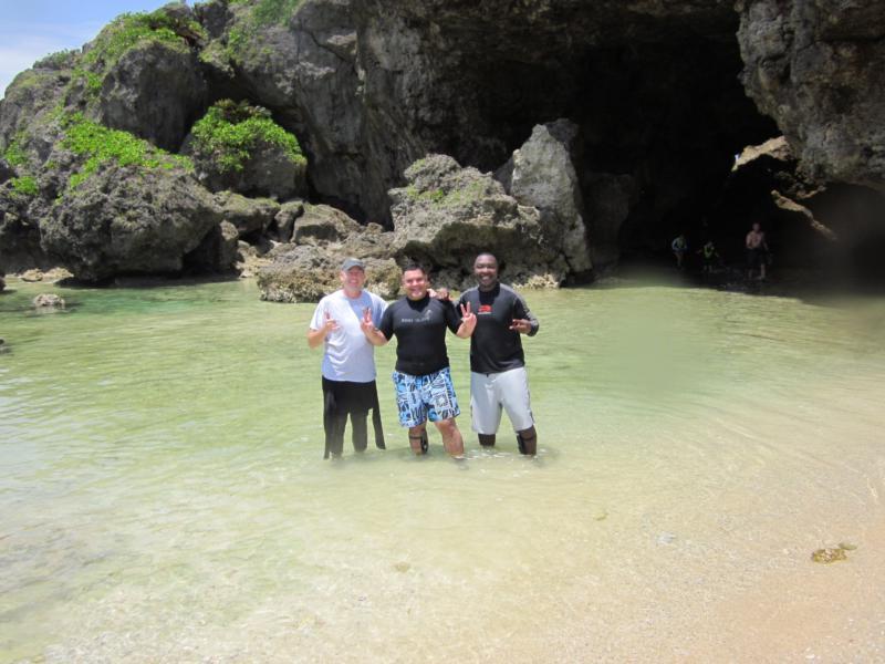 Diving at Onna Okinawa Japan