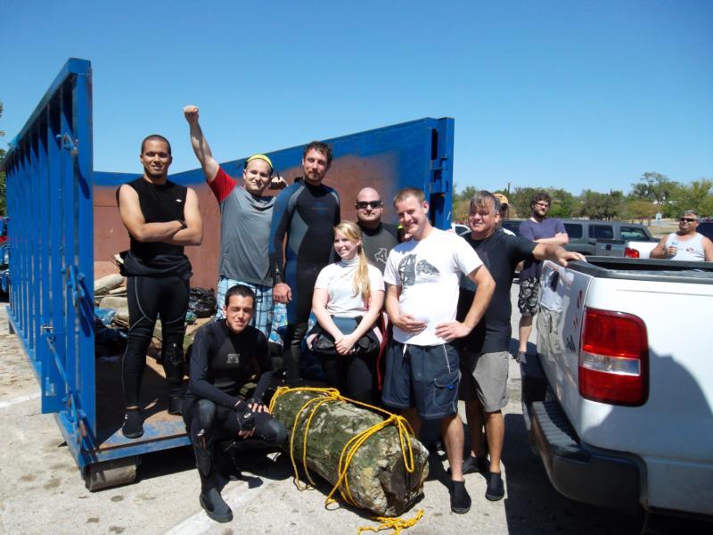 Trash Fest Comal River divebuddy team