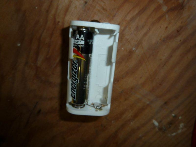 modify battery holder for only 3 cells