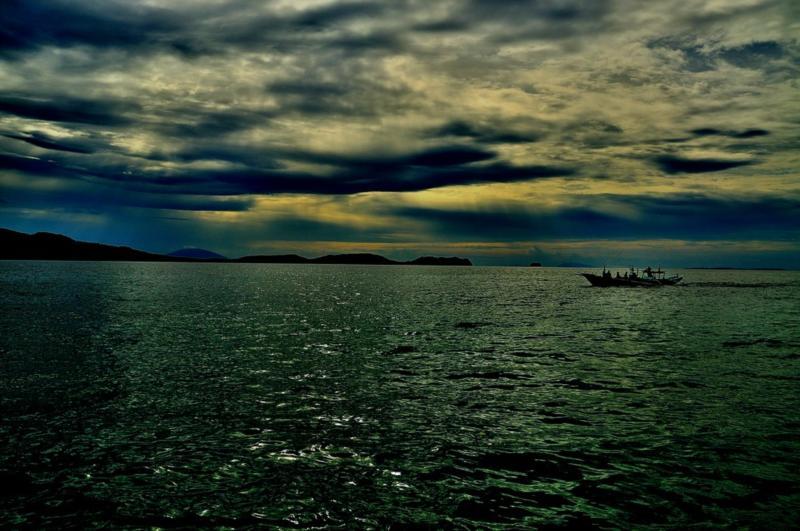 early evening in anilao batangas; photo by luke arcellana
