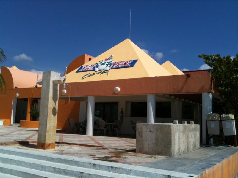 Dive House Cozumel M.X.