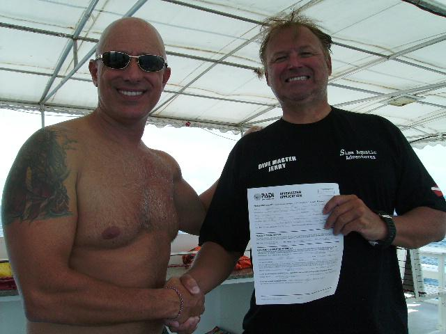 Jerry from America finished his Divemaster program