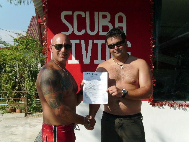 Congrats to Kevin from Belgum for finishing the Divemaster program